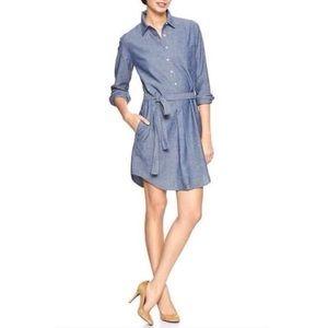 •EUC Roll Up Sleeve Chambray Dress• by Gap